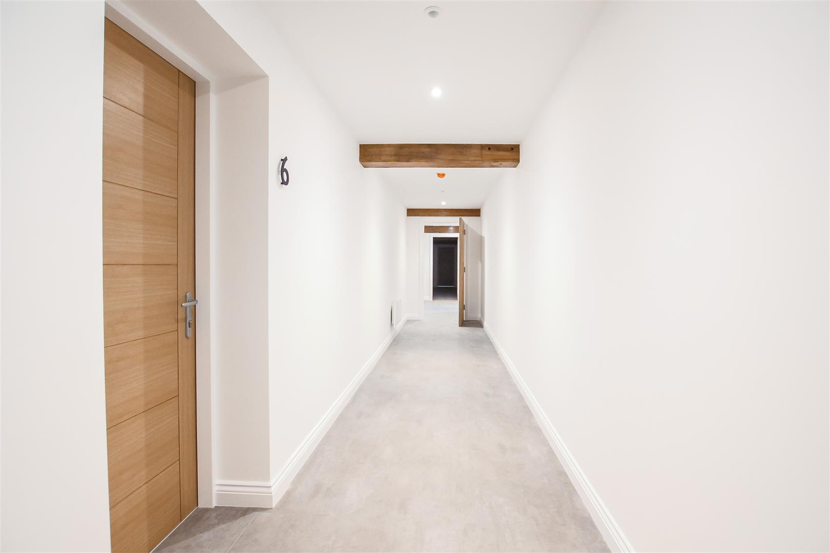 2 Bedroom Apartment For Sale - Image 13